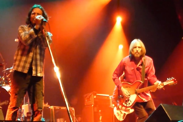 Eddie-Vedder-Tom-Petty
