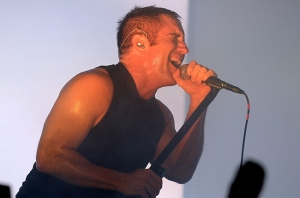 nine-inch-nails-lollapalooza-2013